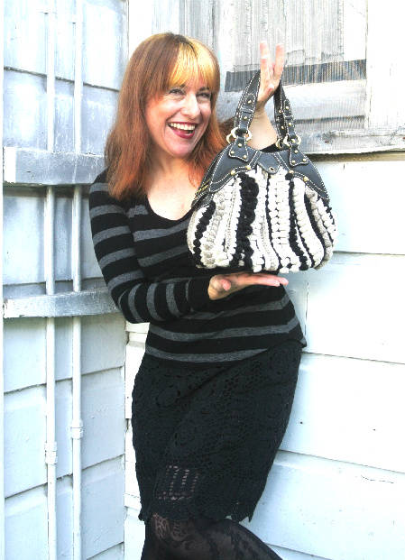 Post image for 365 Ways to Wear Crochet: Matching Skirt and Bag