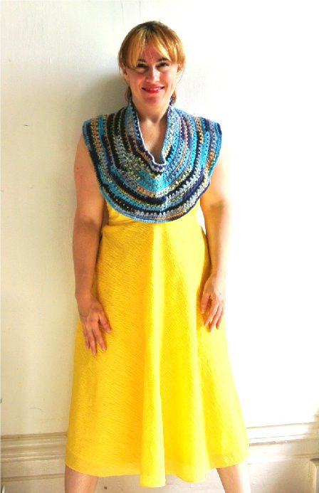 crochet capelet1 8 More Ways to Style A Yellow Dress with Crochet