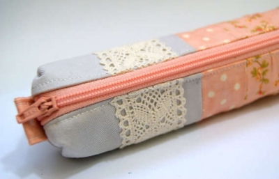 crochet hooks pencil case 400x257 10 Smart Ways to Organize Your Crochet Hooks