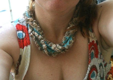 Post image for Same Crochet Necklace 3 Ways