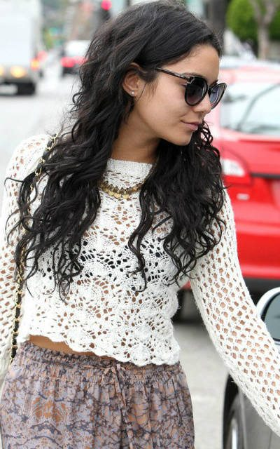 vanessa hudgens crochet April Celebrity / Designer Crochet Roundup