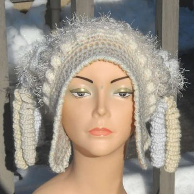 winter hat 400x400 100 Unique Crochet Hats