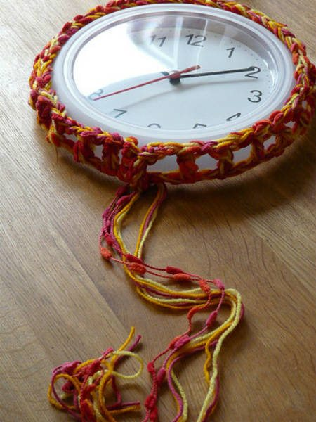 around the clock crochet 20 Most Sensational Crochet Clocks
