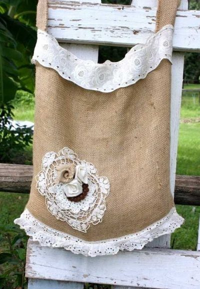 burlap handbag 400x576 When A Doily Is Not Just a Doily: Curtains, Clocks, Necklaces and Other Upcycled Doily Ideas