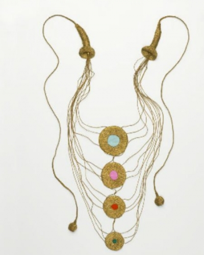 crochet gold necklace 400x499 2012 in Crochet: Vintage, Retro and 1970s Crochet
