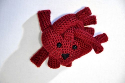 crochet heart 400x265 One Year Ago in Crochet