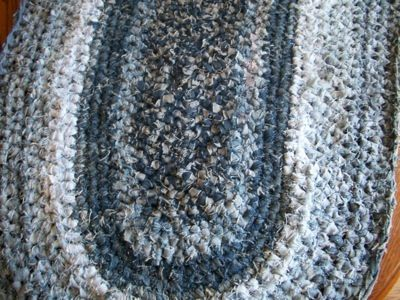 crochet jeans rug 10 Ideas for Upcycling Denim with Crochet