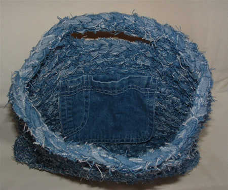 crochet jeans tote bag 10 Ideas for Upcycling Denim with Crochet