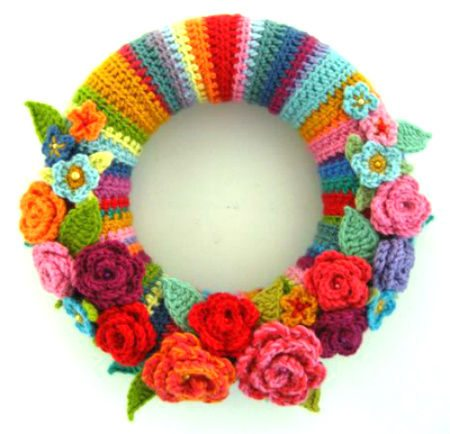 crochet rose wreath Crochet Link Love: Top Posts of the Week