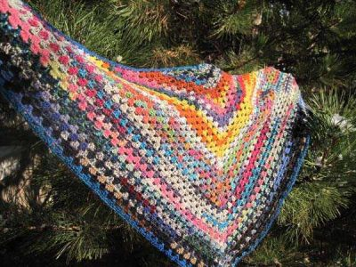 crochet shawl tree 400x300 How to Crochet a Shawl: The Ultimate Resource Guide