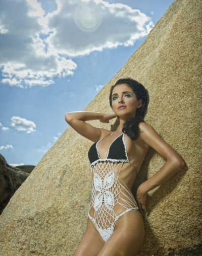crochet swimwear 400x508 Take a Look at What Manie One is Doing with Crochet