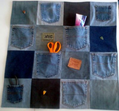 denim craft organizer 400x371 10 Ideas for Upcycling Denim with Crochet