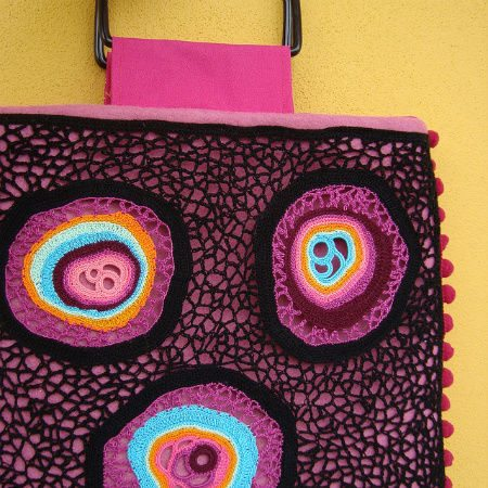 freeform crochet bag1 Crochet Blog Link Love