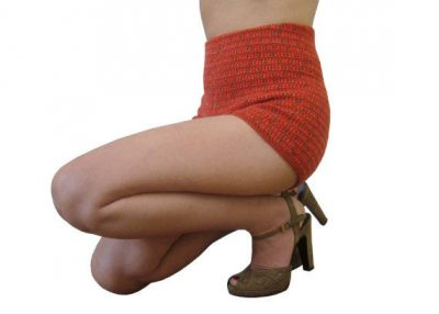 high waist crochet shorts 400x286 25 Ravishing Pairs of Crochet Shorts
