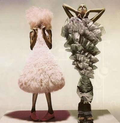 hussein chalayan fashion Designer Crochet: Hussein Chalayan