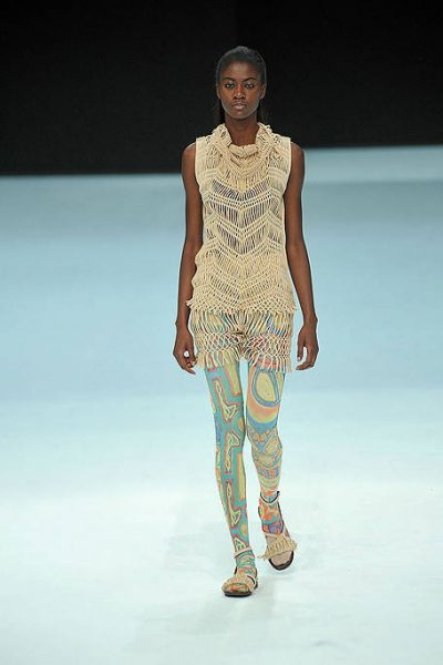 issey miyake crochet 400x600 2012 in Crochet: Crochet Fashion
