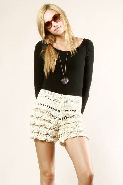 layered crochet shorts 25 Ravishing Pairs of Crochet Shorts