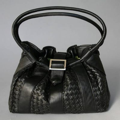 leather bag 400x400 Jordana Paige = Stylish Bags for Crocheters to Carry Their WIPs