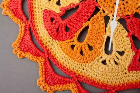 red orange crochet clock 20 Most Sensational Crochet Clocks