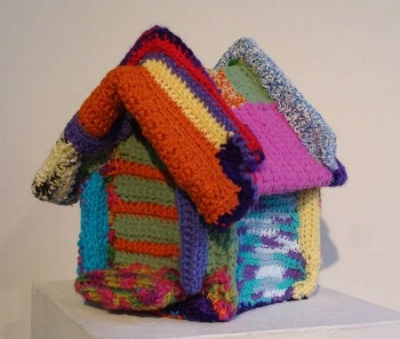 yarnbombed birdhouse 400x339 2012 in Crochet: Crochet Art and Artists