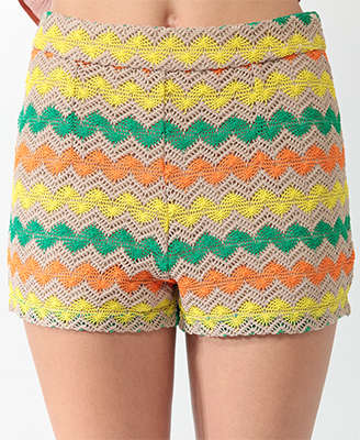 zigzag crochet shorts 25 Ravishing Pairs of Crochet Shorts