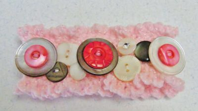 crochet bracelet buttons 400x225 15 Fun Project Ideas for Crocheters who Love Buttons