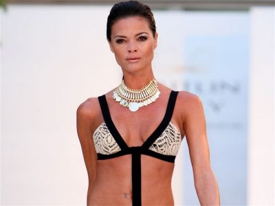 crochet inspired swimsuit1 400x300 Celebrity and Designer Crochet: June Roundup