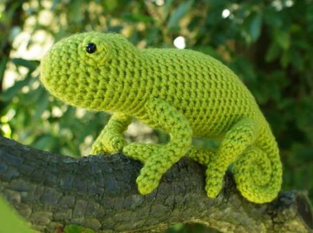 crochet lizard Giveaway: Crochet Chameleon Pattern from Planet June