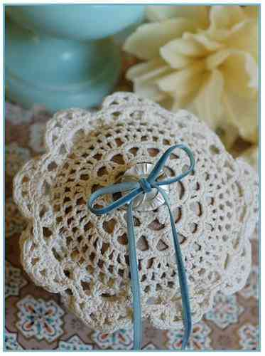 crochet ring bearer pillow 20 Crochet Wedding Ideas for the Inspired DIY Woman