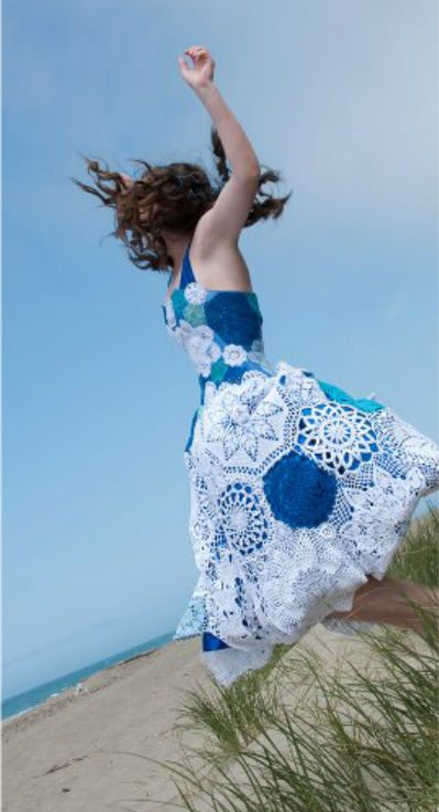 crochet thread doily dress 20 Astonishingly Awesome Doily Dresses