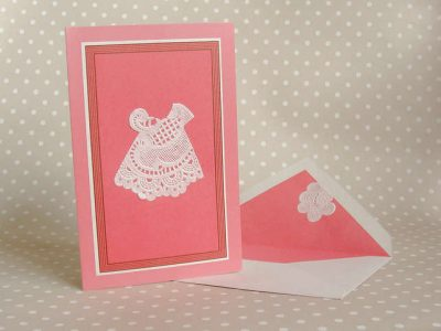 doily dress card1 400x300 20 Astonishingly Awesome Doily Dresses