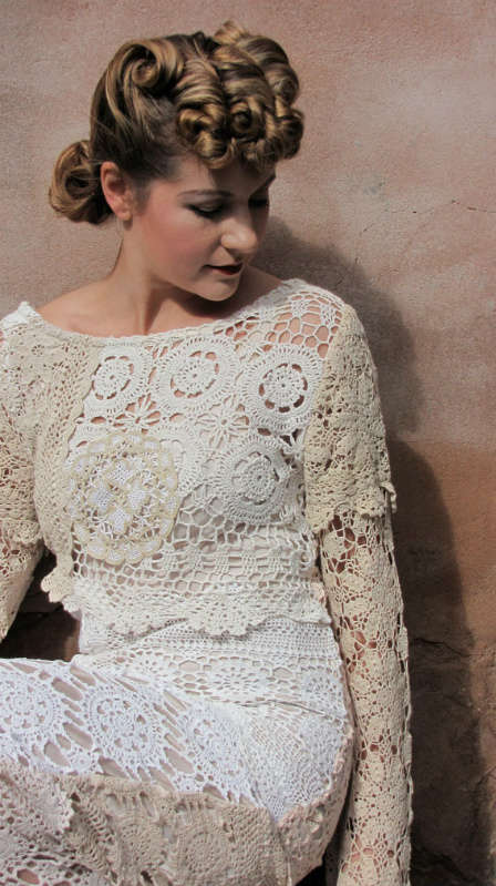 doily wedding dress1 12 Crochet Wedding Dresses for Those Summer Weddings
