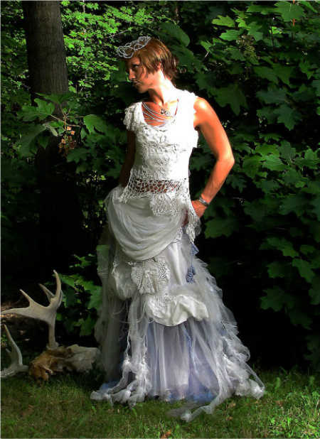 fantasy crochet wedding dress 12 Crochet Wedding Dresses for Those Summer Weddings