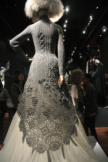 gaultier knitted dress1 Crochet at Gaultier Exhibit