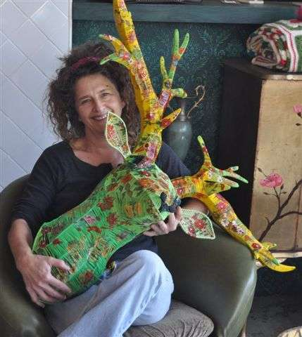 Post image for Plastics Crochet Artist Magda Van der Vloed