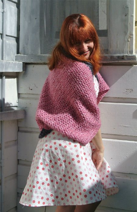 oversize crochet shrug Upcycling Crochet Pillow Into Oversize Shrug