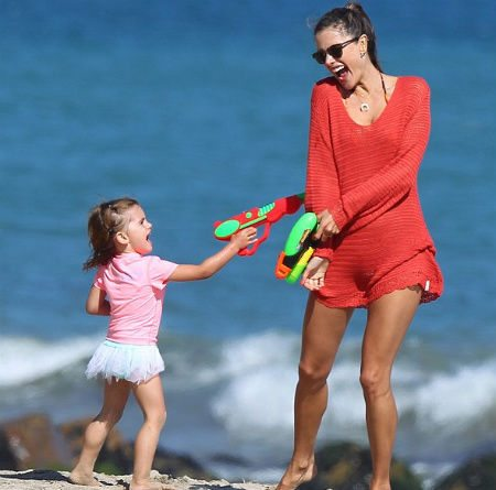 Alessandra Ambrosio  Celebrity and Designer Crochet Roundup: July 2012