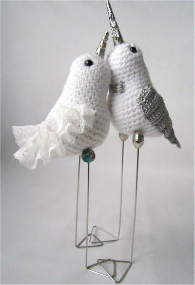 Crochet Beautiful Amigurumi Lovebird - Crafts Time | 585x400