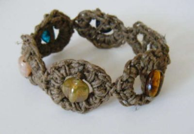 beaded hemp crochet bracelet 400x277 20 Delightful Hemp Crochet Designs to Inspire Your Organic Side