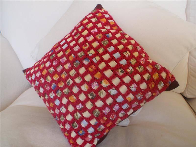 Crochet Fabric : 14. Crochet + Fabric Strip Cushion