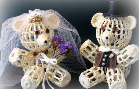 crochet bears The 12 Best Crochet Cake Toppers for Your DIY Wedding Cake