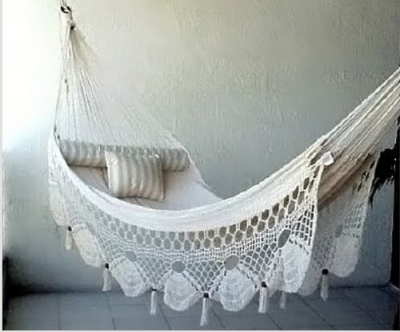 crochet cotton hammock 400x332 Summer Days: 12 Gorgeous Crochet Hammocks for Relaxation and Rejuvenation