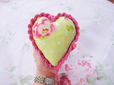 crochet fabric heart 20 Inspiring Ideas for Combining Crochet with Fabric