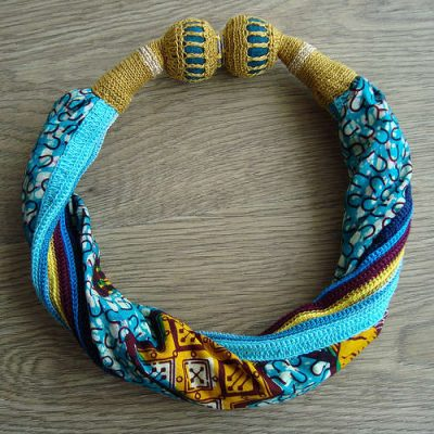 crochet fabric jewelry 400x400 20 Inspiring Ideas for Combining Crochet with Fabric