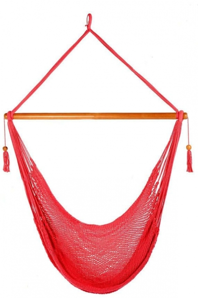 crochet hammock chair 400x603 Summer Days: 12 Gorgeous Crochet Hammocks for Relaxation and Rejuvenation