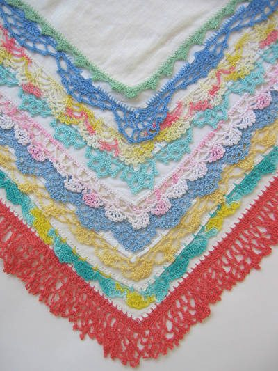 crochet handkerchiefs 20 Inspiring Ideas for Combining Crochet with Fabric