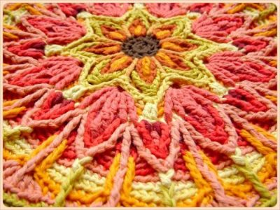 crochet mandala 400x300 Crochet Blog Roundup: July in Review