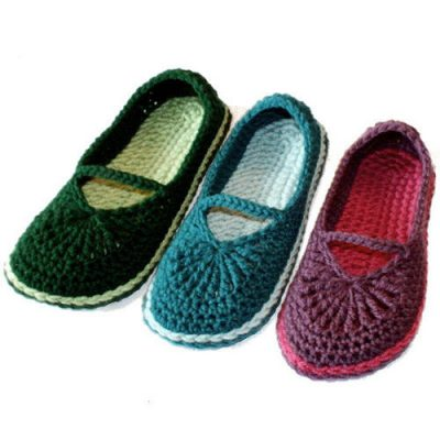 crochet mary jane slippers 400x400 10 Most Popular Crochet Patterns To Buy Online (+16 More People Love)