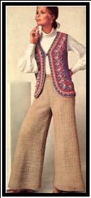 calças e colete de crochê