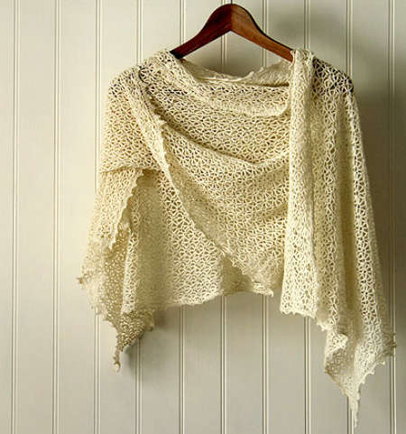 crochet shawl1 Crochet Link Love, end of July